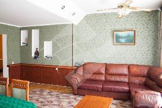Продается 3-к квартира, 140 кв.м, 2/2 эт., Новоселов ул, 34 А