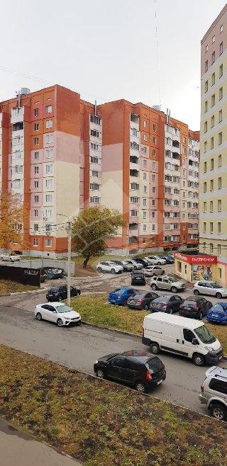 Продается 1-к квартира, 35 кв.м, 3/10 эт., Песоченская ул, 8