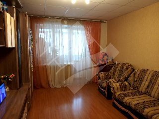 Продается 3-к квартира, 59.7 кв.м, 5/5 эт., 1-я Красная ул, 28