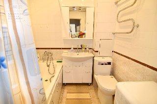 Продается 1-к квартира, 46.9 кв.м, 10/10 эт., ул. Чкалова, 32 к.1