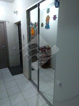 Продается 3-к квартира, 75.1 кв.м, 1/10 эт., Семчинская ул, 11