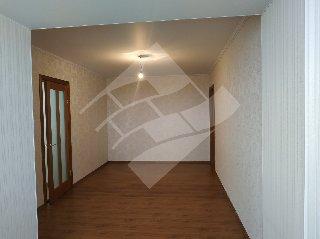 Продается 2-к квартира, 75.5 кв.м, 9/10 эт., Комбайновая ул, 24